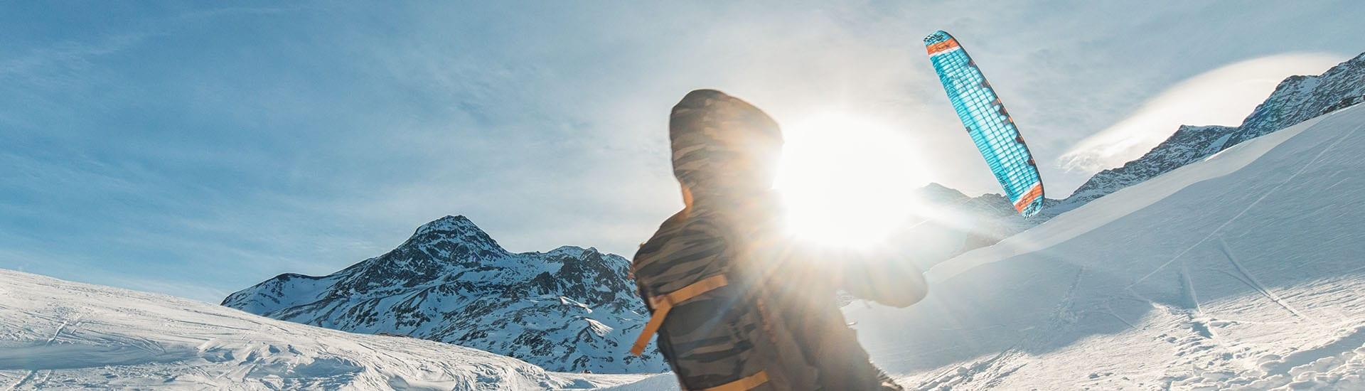 Ab in den Schnee – Snowkiten!